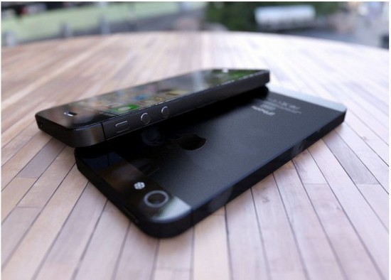 rendering 3d dell'iphone 5