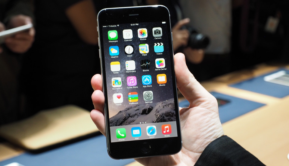 in italia vendono venduti più iphone 6 plus