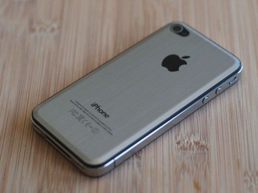 iPhone 5 in metallo
