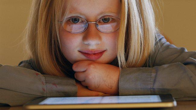 L'iPad aiuta una ragazza ipovedente australiana