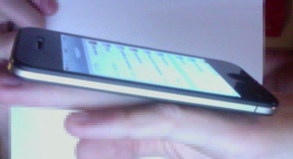 iphone 5 in una falsa foto