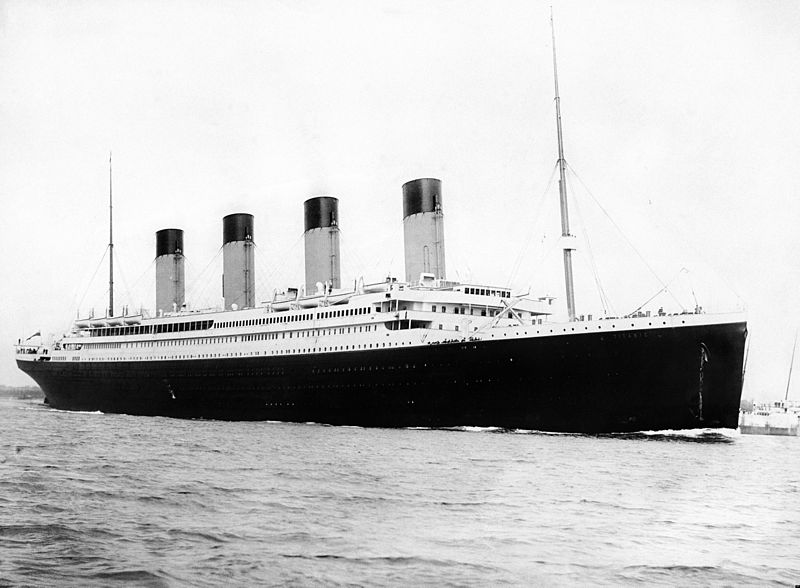 Titanic black and white photo