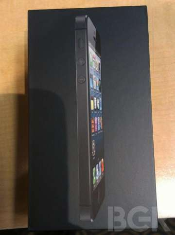 unboxing apple iphone