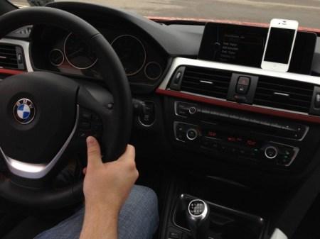 Siri iPhone auto