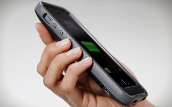 iPhone 5: Belkin, la cover con batteria integrata