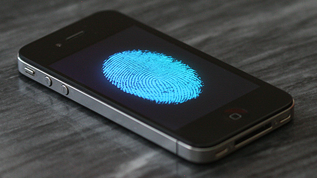 iPhone 5S: scanner di impronte digitali, la mossa vincente