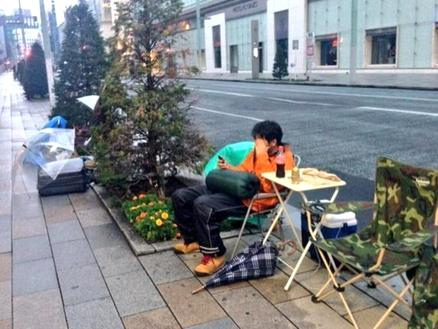 iPhone 5S: Tokyo, in coda per 10 giorni all'Apple Store