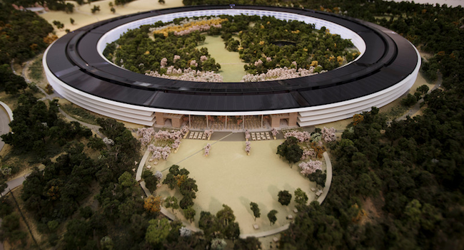 Apple campus, foto del modellino 3D