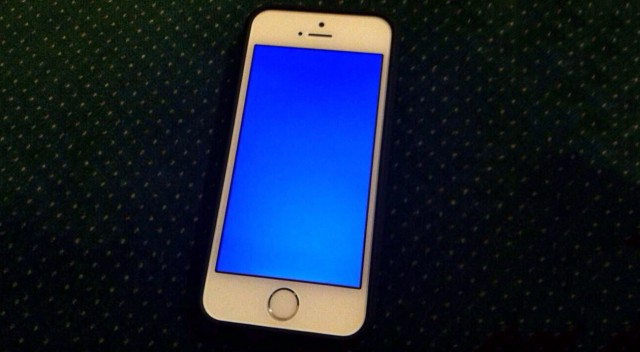 iphone 5s blue screen