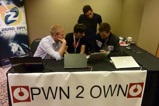 Pwn2Own: Apple sfida gli hacker su Safari